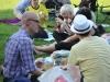5. #Twitgrillen in Leipzig. Ca. 100 Menschen trafen sich im Leipziger Rosental zum grillen, quatschen und twittern.