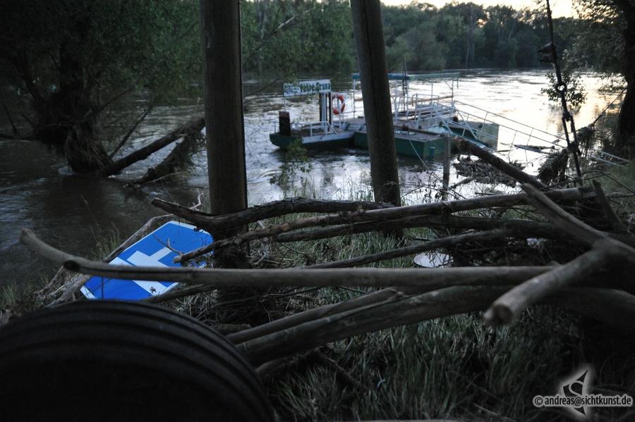 hochwasser-einsatz-gruna-2013-090